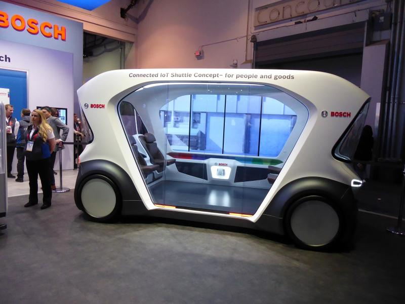 Bosch's shuttle concept at CES. Pod-type people movers are in these days. A company called Transdev, also displaying at CES, is running short-range autonomous shuttles in locations as varied as Normandy, France; Montreal, Canada; and Gainesville, Florida. (Jim Motavalli photo).
